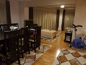 Apartament de vânzare 3 camere, în Bucuresti, zona Eroii Revolutiei