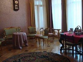 Casa de vânzare 10 camere, în Bucureşti, zona Eroii Revoluţiei