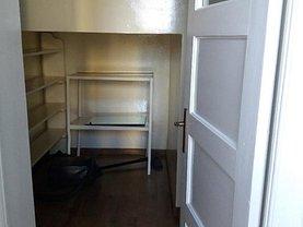 Apartament de închiriat 2 camere, în Ploieşti, zona Tribunal