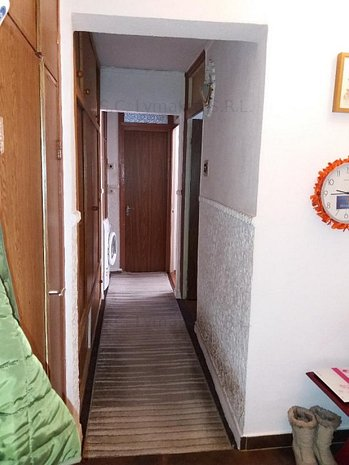 Apartament 3 camere – B-dul. Bucuresti - imaginea 1
