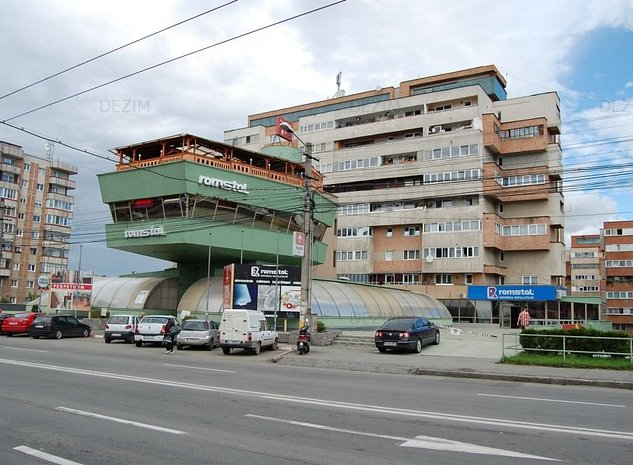 Vand spatiu comercial 4.155 mp Cluj, Aurel Vlaicu - imaginea 1