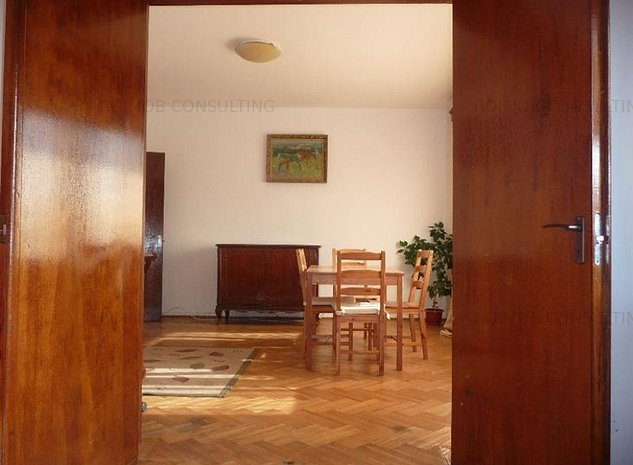 Apartament 3 camere decomandat,constructie 1967,Cismigiu - imaginea 1