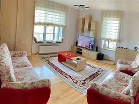 Apartament de vânzare 3 camere, în Bucuresti, zona Vacaresti