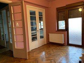 Apartament de vânzare 5 camere, în Bucureşti, zona Polonă