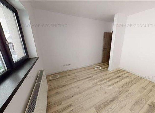Vanzare apartament 2 camere, Piata Alba Iulia, curte  49 mp - imaginea 1
