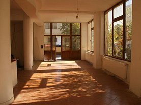 Casa de vânzare 10 camere, în Bucureşti, zona Barbu Văcărescu
