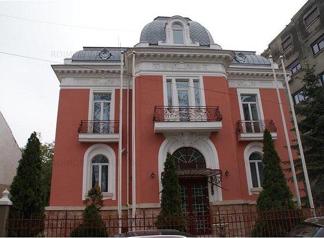 Armeneasca Unirii Universitate ultracentral, vila cu personalitate - imaginea 1