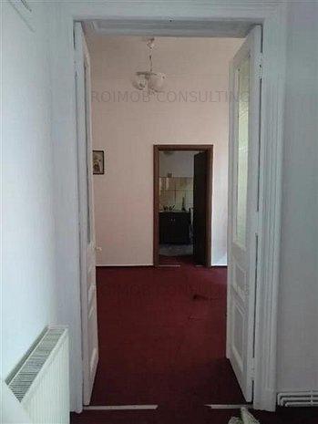 Stefan cel Mare, casa 3 camere, 80 mp, curte 100mp - imaginea 1