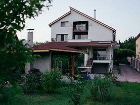 Casa de vânzare 9 camere, în Dobroesti