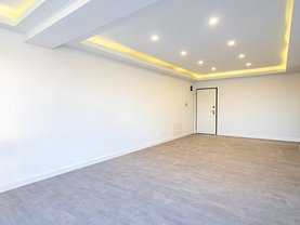 Apartament de vânzare sau de închiriat 3 camere, în Voluntari, zona Nord
