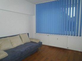 Apartament de închiriat 3 camere în Bucuresti, Salajan