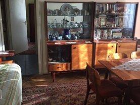 Apartament de vânzare 3 camere, în Deva, zona Kogalniceanu