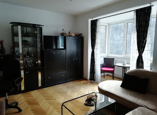 Apartamnt 2 camere renovat, priveliste deosebita zona Dealul Cetatii - imaginea 1