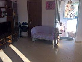 Casa de închiriat 8 camere, în Ghimbav, zona Ghimbav Livada