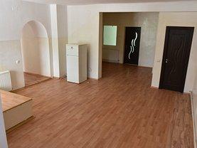 Casa de închiriat 8 camere, în Brasov, zona Bartolomeu