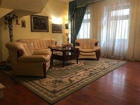 Casa de vânzare 7 camere, în Braşov, zona Centrul Istoric