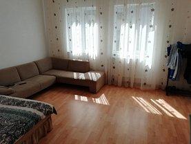 Casa de închiriat 6 camere, în Braşov, zona Central