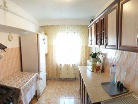 Apartament de vânzare 4 camere în Vaslui, Est
