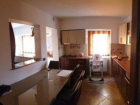 Apartament de vânzare 4 camere în Vaslui, Spital