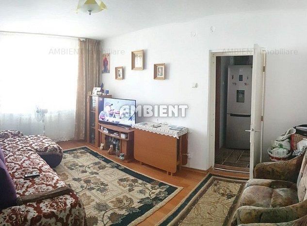 Apartament 3 camere, zona Nord; - imaginea 1