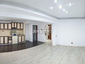 Apartament de închiriat 4 camere în Vaslui, Est