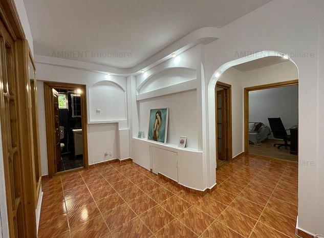 Apartament 3 camere, zona TRAIAN; - imaginea 1