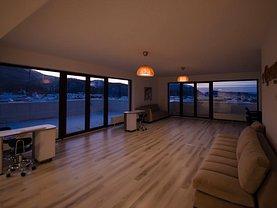 Penthouse de vânzare 4 camere, în Braşov, zona Nouă