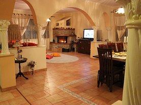 Casa de vânzare 7 camere, în Dascalu