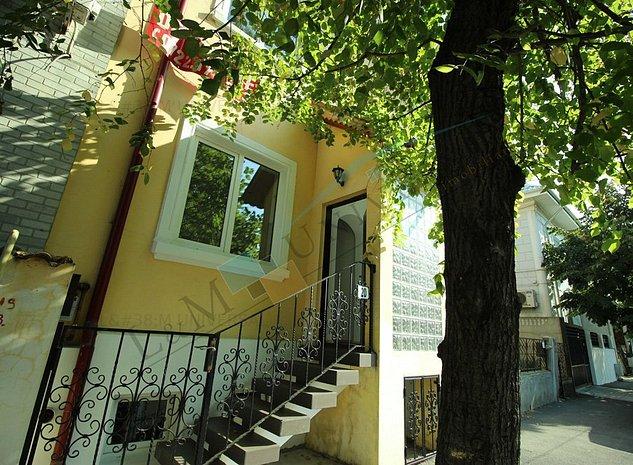 Piata Domenii, Vila Cocheta Stil Englezesc, Curte Amenajata, Zona Rezidentiala - imaginea 1