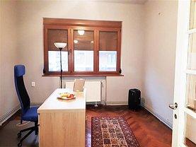 Apartament de vânzare 4 camere, în Bucuresti, zona Dacia