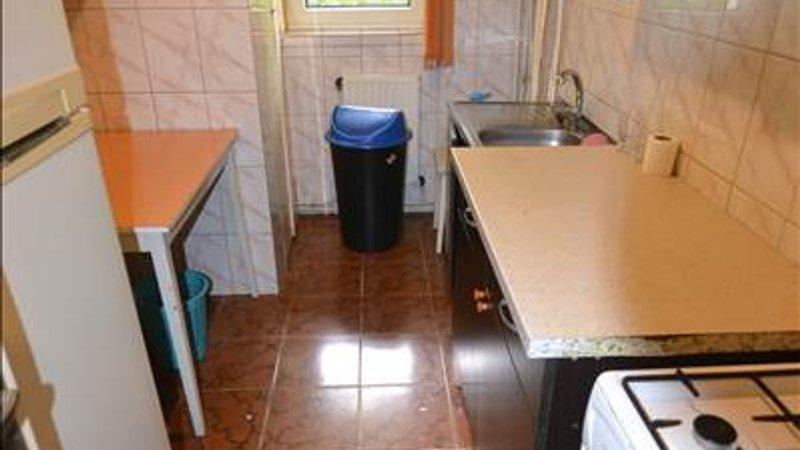 Apartament 3 camere decomandat Astra-Berzei