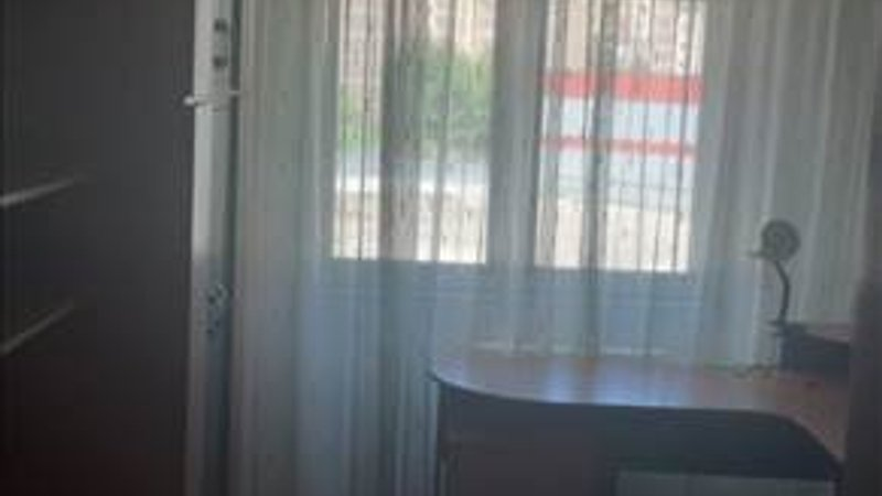 Apartament 3 camere structura mare, zona Carpatilor