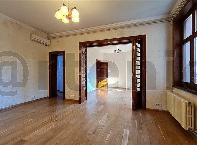 Cotroceni etaj in vila cu intrare separata 275mp/ Birouri/Showroom/ IT - imaginea 1
