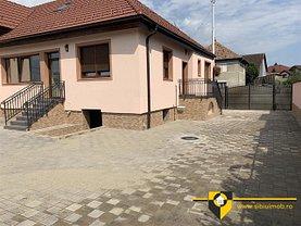 Casa de închiriat 3 camere, în Sibiu, zona Central