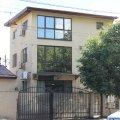 Casa de închiriat 10 camere, în Bucuresti, zona 13 Septembrie