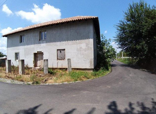 Adunatii Copaceni, vanzare vila la gri - imaginea 1
