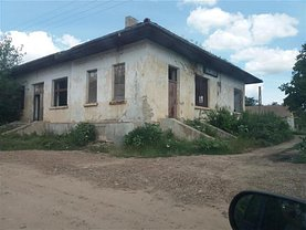 Casa de vânzare 8 camere, în Gara Docăneasa, zona Central