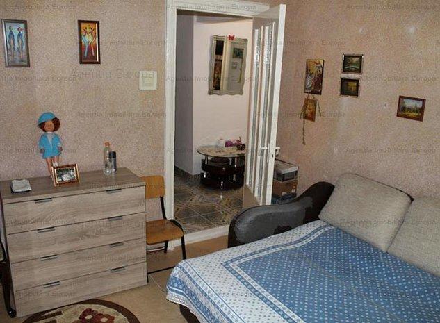 Apartament 2 camere zona C5 - imaginea 1