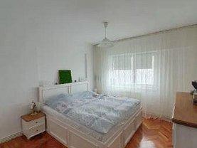 Apartament de închiriat 3 camere, în Tulcea, zona Babadag