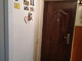 Apartament de vânzare 3 camere în Tulcea, 23 August