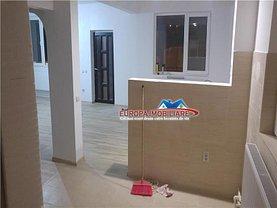 Casa de închiriat 4 camere, în Tulcea, zona Central