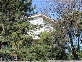 Casa de vânzare 9 camere, în Tulcea, zona Central