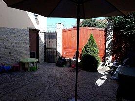 Casa de închiriat 8 camere, în Tulcea, zona Central