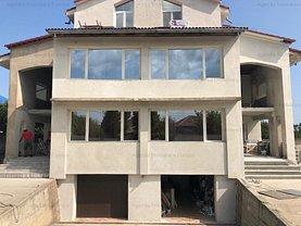 Casa de închiriat 10 camere, în Mineri