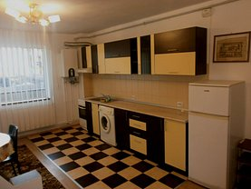 Apartament de închiriat 3 camere în Sibiu, Hipodrom 3