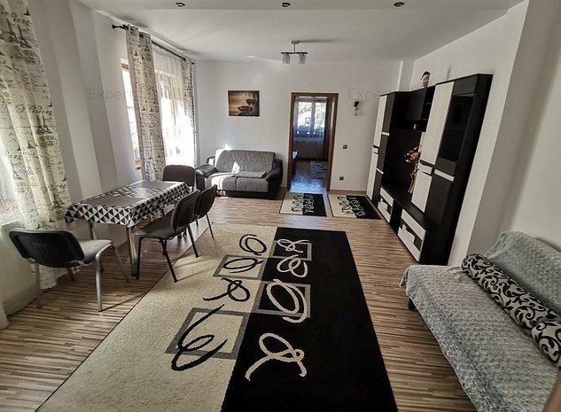 INCHIRIEZ apartament 2 camere la casa ,zona Vasile Aaron - imaginea 1