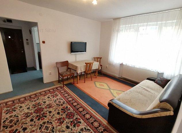 INCHIRIEZ apartament 2 camere ,zona Terezian - imaginea 1