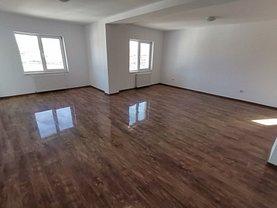 Apartament de vânzare 4 camere, în Sibiu, zona Est
