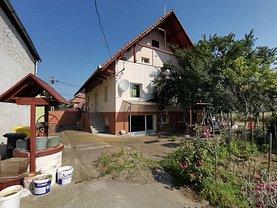 Casa de vânzare 9 camere, în Cristian