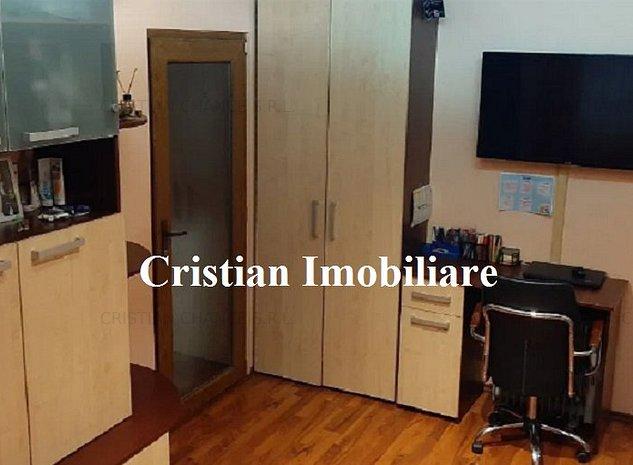 29355 apartament cu 2 camere, Inel 2 - imaginea 1